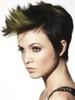 Вечерние прически на короткие волосы, стильная прическа на короткие волосы