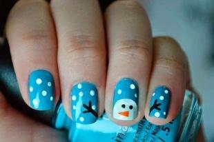 Новогодние рисунки на ногтях, зимний маникюр со снеговиком