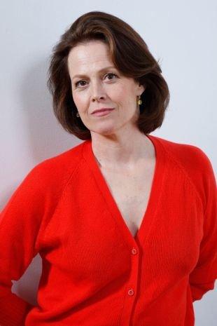Короткие стрижки для женщин после 40 лет, короткая консервативная стрижка для женщин после 40 лет