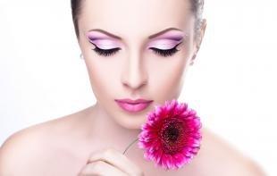 Свадебный макияж с стразами, макияж бабетта в фиолетовой гаме