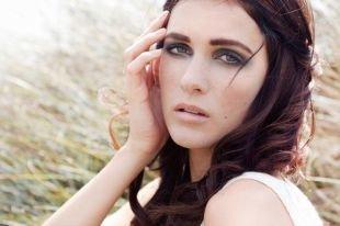 """Дневной макияж для серых глаз, нежный вариант макияжа """"смоки айс"""""""
