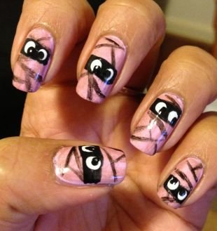 Маникюр на квадратные ногти, маникюр на хэллоуин с глазами