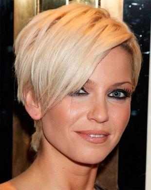 Вечерний макияж для блондинок, короткая стрижка для овального лица