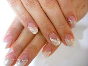 Свадебный дизайн ногтей, свадебный маникюр со стразами