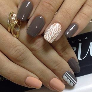Осенние рисунки на ногтях, эффектный маникюр для деловой женщины