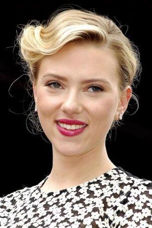 Цвет волос натуральный блондин, звездная прическа для тонких волос