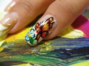 Маникюр с бабочками, френч с цветами и бабочками