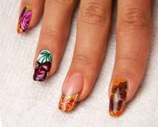 Маникюр на осень, роспись ногтей акварельными красками