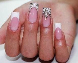 Рисунки фольгой на ногтях, классический френч для квадратных ногтей