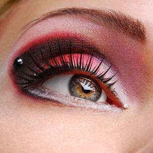 Макияж на Новый год, макияж для серых глаз