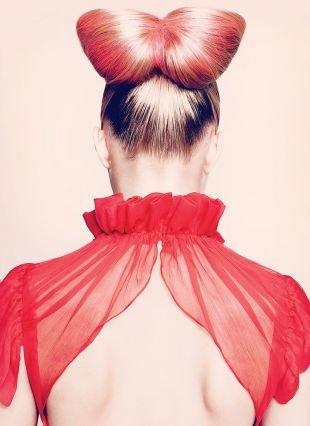 Прически для круглого лица на длинные волосы, прическа яркий бант из волос
