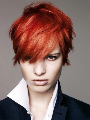 Ярко рыжий цвет волос на короткие волосы, стильная короткая стрижка для тонких волос