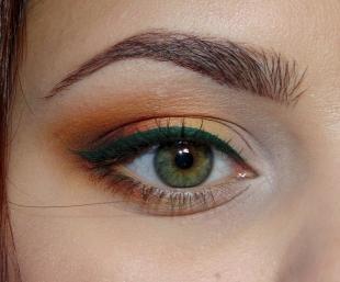 Вечерний макияж под синее платье, макияж зеленых глаз в рыжих тонах