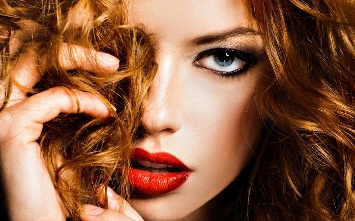 Макияж для рыжеволосых девушек с серо-голубыми глазами